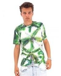 weißes und grünes bedrucktes T-Shirt mit einem Rundhalsausschnitt