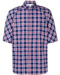 weißes und rotes und dunkelblaues Kurzarmhemd mit Schottenmuster