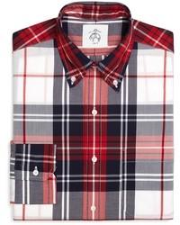 weißes und rotes und dunkelblaues Langarmhemd mit Schottenmuster