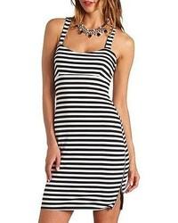 weißes und schwarzes horizontal gestreiftes figurbetontes Kleid