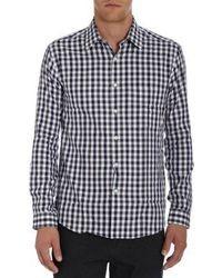 weißes und schwarzes Langarmhemd mit Vichy-Muster