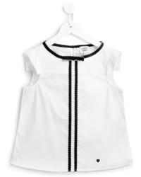weißes vertikal gestreiftes T-shirt